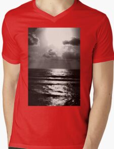 California Beach Mens V-Neck T-Shirt