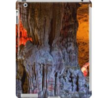 Vietnam. Halong Bay. Cave. Rock Formation. iPad Case/Skin