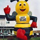 Beee Happy! by Nadya Johnson
