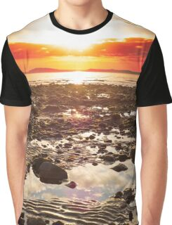 red reflections at rocky beal beach Graphic T-Shirt