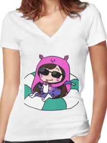 D.va x umaru Women's Fitted V-Neck T-Shirt