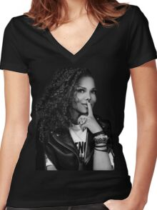 Janet emirates Women's Fitted V-Neck T-Shirt