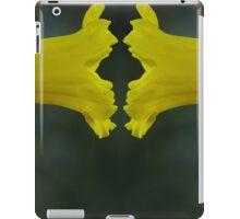 Daffodil Face Off iPad Case/Skin