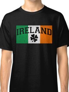 Vintage Ireland Flag (distressed look) Classic T-Shirt