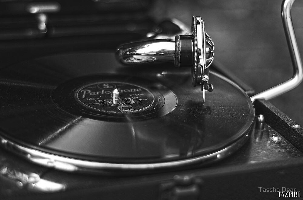 That old time music BW by Tazpire