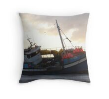 No MERCY - Stranded boat - Weskus Throw Pillow