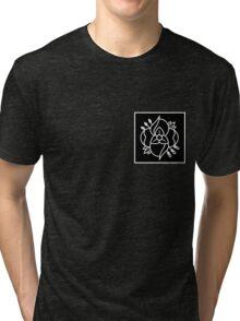 La dispute logo (black bkg with white logo) Tri-blend T-Shirt