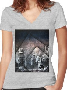 Haunting Fallen City Women's Fitted V-Neck T-Shirt