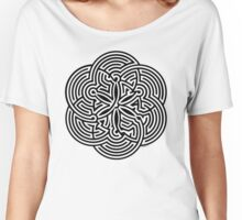 Modern Maze - brain game | Laberinto moderno - juego mental Women's Relaxed Fit T-Shirt