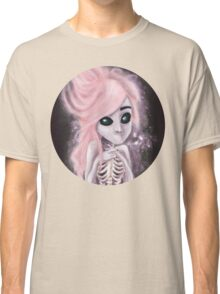 aliena skeleton Classic T-Shirt