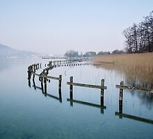 Annecy, a winter morning at the lake by Patrick Morand