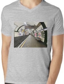 Gloucester Road Underground Mens V-Neck T-Shirt