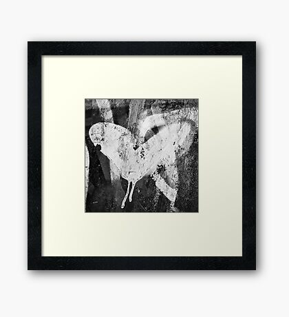 Graffiti heart 2 Framed Print