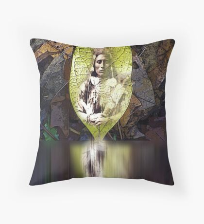native spirit Throw Pillow
