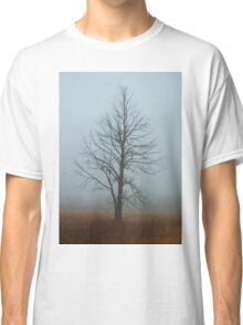 Lone Tree in Fog Classic T-Shirt