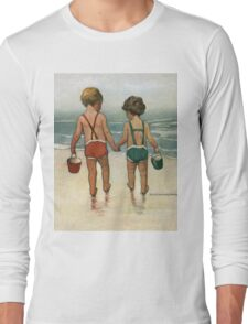 Jessie Willcox Smith - Hand In Hand On The Beach. Child portrait: cute baby, kid, children, pretty angel, child, kids, lovely family, boys and girls, boy and girl, mom mum mammy mam, childhood Long Sleeve T-Shirt