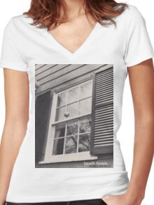 Beach Fossils  Women's Fitted V-Neck T-Shirt