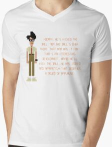 The IT Crowd – Moss at the Football Mens V-Neck T-Shirt
