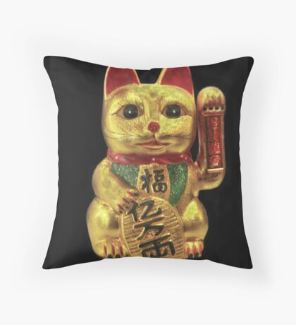 Japanese Maneki-neko Throw PIllow Throw Pillow