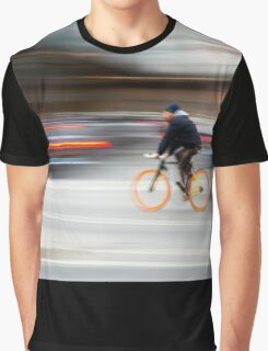 Cyclist in motion Graphic T-Shirt