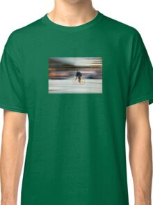 Cyclist in motion Classic T-Shirt