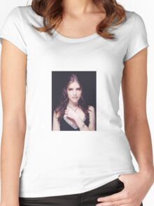 Anna Kendrick Cannes Women's Fitted Scoop T-Shirt