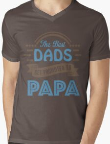 The Best Dads Get Promoted To Papa - Unique Gift For Grandpa Mens V-Neck T-Shirt