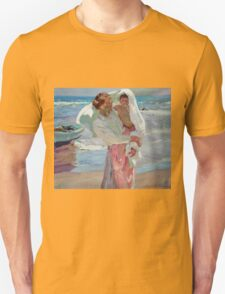 Joaquin Sorolla Y Bastida - After Bathing 1915. Mother with kid portrait: cute girl, mother and daughter, female, Sea views, child, beautiful dress, lovely family, mothers day, memory, sea, baby Unisex T-Shirt