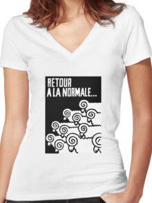 Retour a la Normale Women's Fitted V-Neck T-Shirt