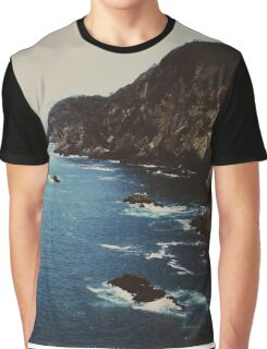 La Quebrada  Graphic T-Shirt