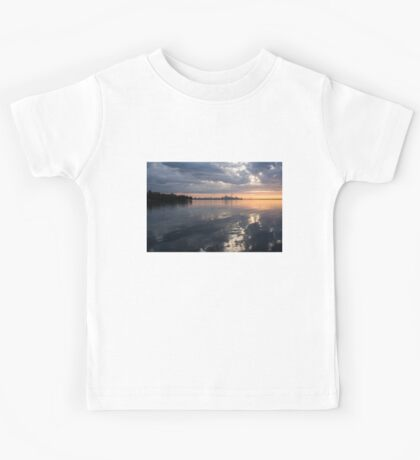 Early Morning Reflections - Lake Ontario and Downtown Toronto Skyline  Kids Tee