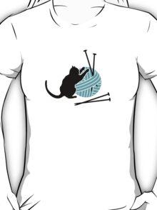 Playfull Cat  T-Shirt