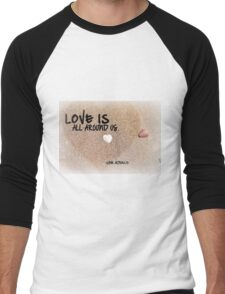 Love is all Around Us - Love Actually Men's Baseball ¾ T-Shirt