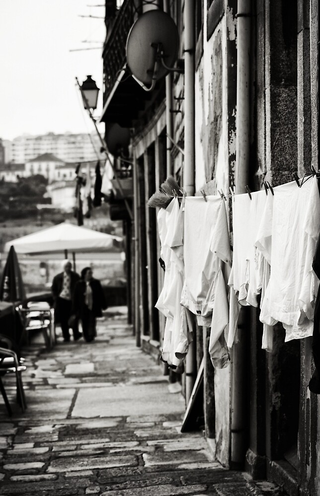 Another day in Porto by Ursula Rodgers