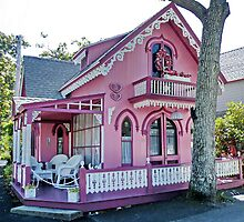 Pink Gingerbread House by AnnDixon