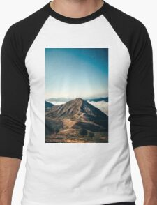 Mountains in the background XXII Men's Baseball ¾ T-Shirt