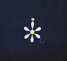 Daisy Pendant  by thebigG2005