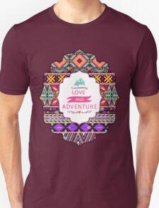 Aztec pattern with geometric elements Unisex T-Shirt