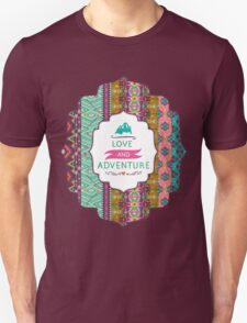Seamless colorful aztec pattern with birds and arrow T-Shirt