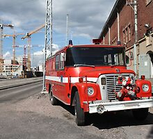 red fire engine  by mrivserg