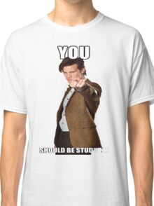 Eleventh Doctor-Studying Classic T-Shirt