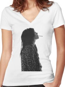 Alison Mosshart Women's Fitted V-Neck T-Shirt