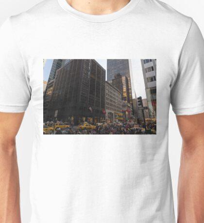 Christmas Shopping on Fifth Avenue, Manhattan, New York City Unisex T-Shirt