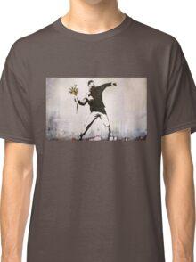 Banksy 'flower thrower' graffiti art. Classic T-Shirt