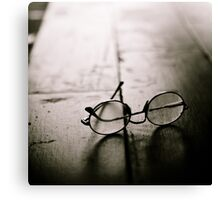 light in glasses Canvas Print