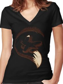 The fox is sleeping Women's Fitted V-Neck T-Shirt