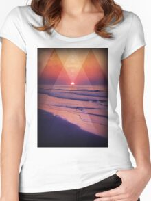 Sunrise Women's Fitted Scoop T-Shirt