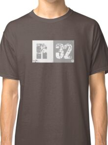 R32 (light grey) Classic T-Shirt