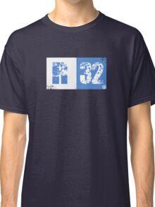 R32 (blue) Classic T-Shirt