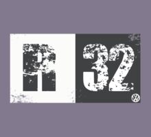R32 (dark grey) by BGWdesigns